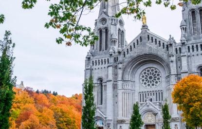 Visit Basilica Sainte-Anne-de-Beaupre with Steeve Gaudreault a private tour guide